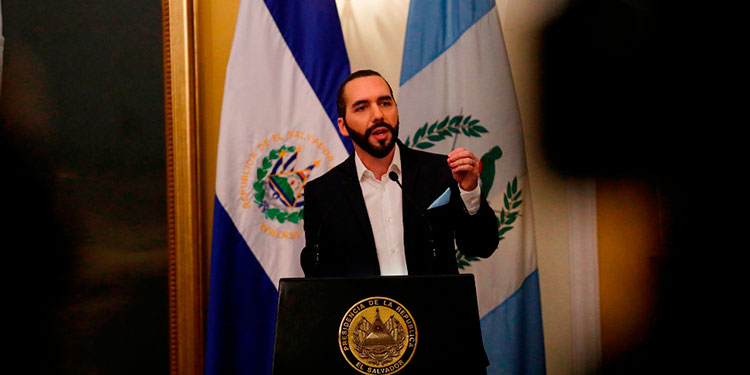 Presidente salvadoreño desafía Corte Suprema por coronavirus