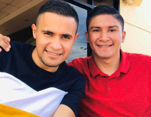 Roger Rojas desearía jugar a la par de su hermano