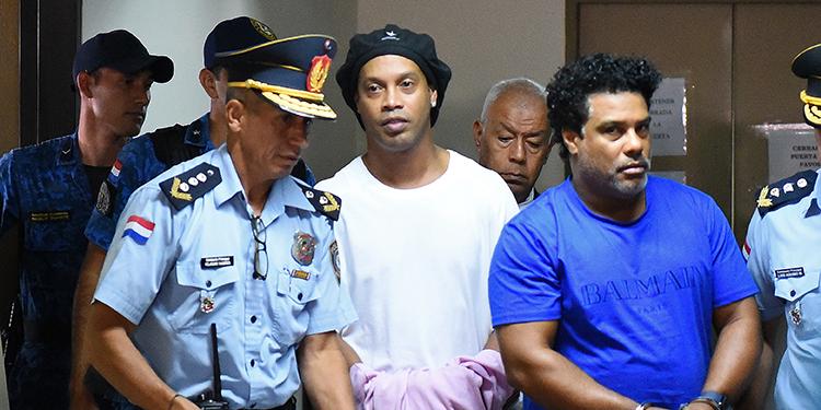 Ronaldinho: 'Cuando supe que iba a prisión fue un golpe duro'