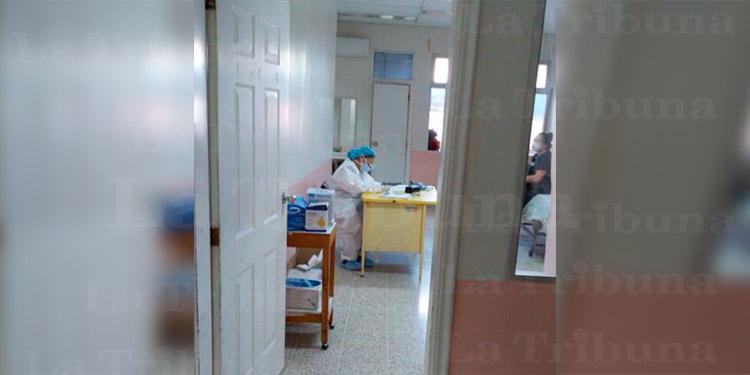 Director del Hospital San Felipe: hospitales regionales se están llenando de pacientes con COVID-19