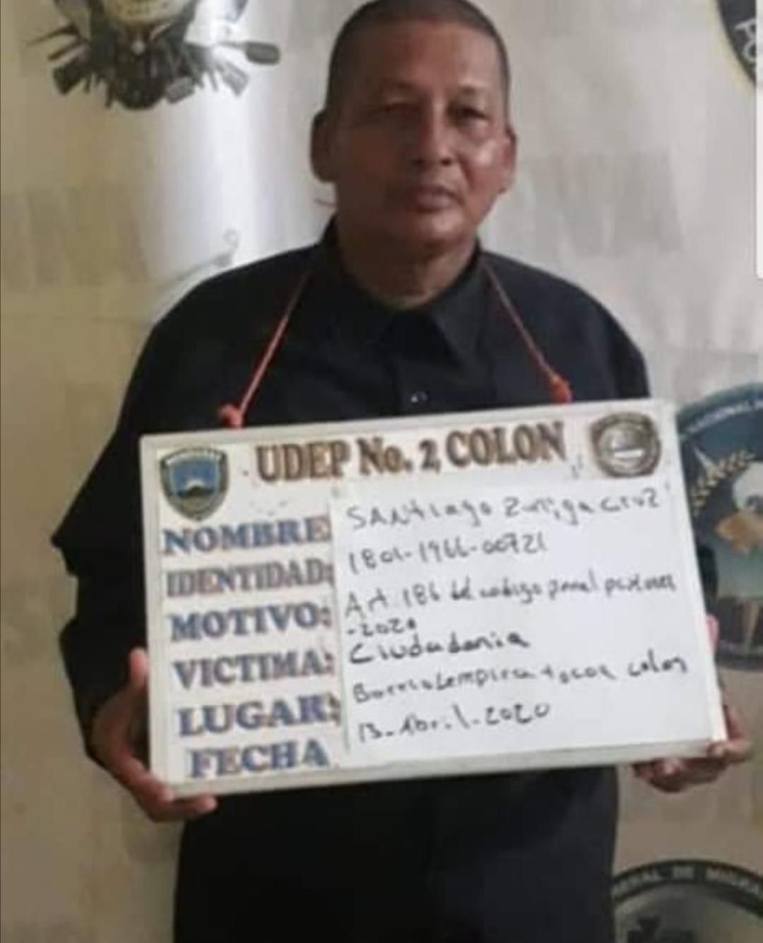 Detienen a Santiago Zúniga por irrespetar toque de queda