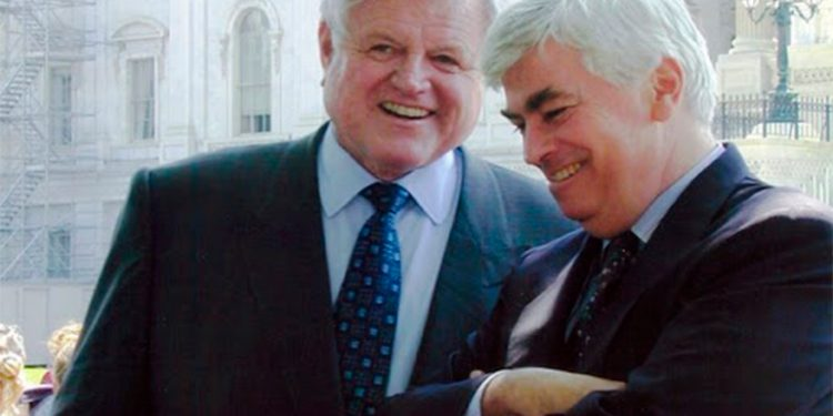 Ted Kennedy y Christopher Dood