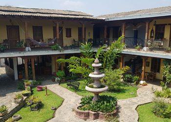 Hoteles de Honduras agonizan por falta de ocupación debido a pandemia (Vídeo)