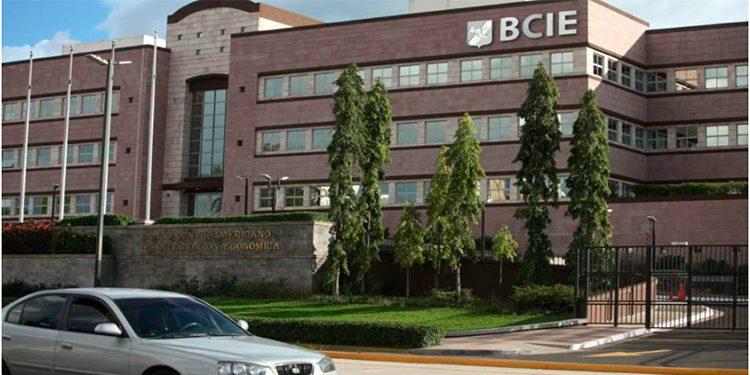 BCIE prepara fondo de auxilio para empresas y medios de comunicación
