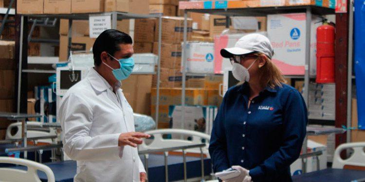 El equipo incluye respiradores, camas y otros para los hospitales.