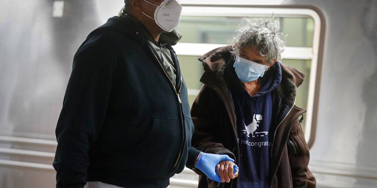 Casi 3,1 millones de casos de coronavirus en medio de relajamiento de medidas