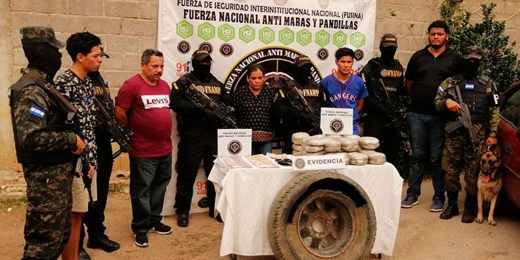 A los cinco encausados les dictaron la medida de detención judicial, se les señala de ser miembros de la MS-13.