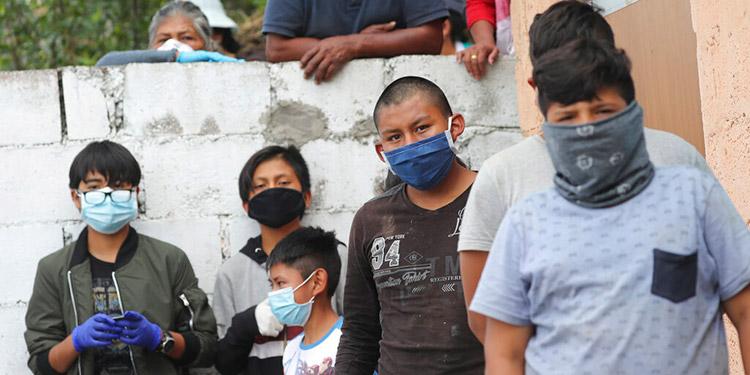 Ministro ecuatoriano Salud advierte que ningún país superará solo la pandemia