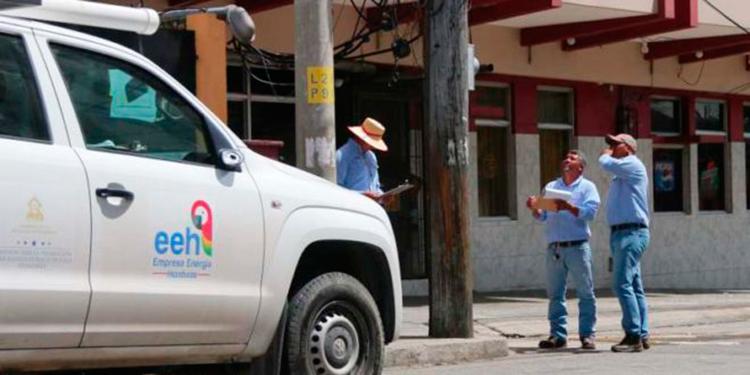 José Castañeda: La gerencia de EEH está fuera de la realidad