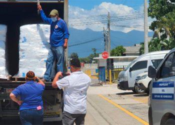 Aduanas Honduras facilita donación de equipo de bioseguridad y más de 30 mil insumos
