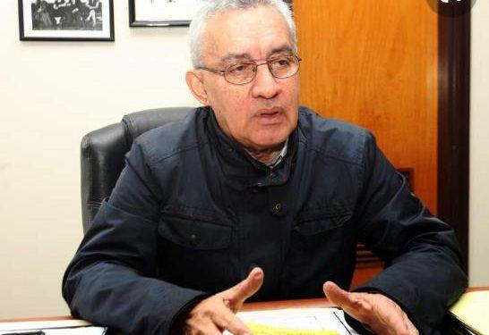 Representando al departamento de Lempira, el abogado Jacobo Hernández Cruz fue uno de los 33 diputados nacionalistas constituyentes de 1980.