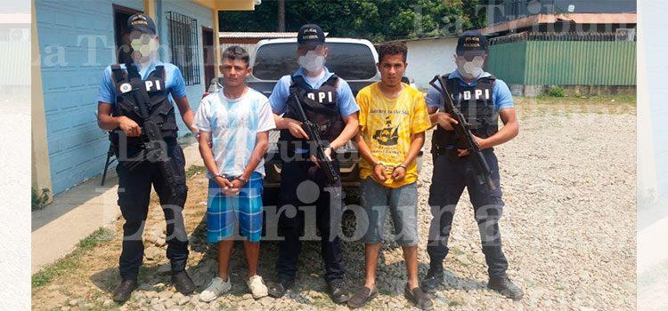 Capturan a dos integrantes de la MS-13 por el delito de asesinato en Yoro