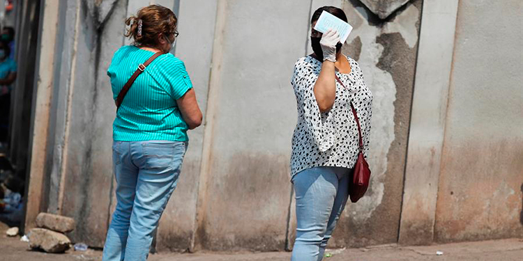 La cuarentena por coronavirus pone en peligro la vida de mujeres en Honduras