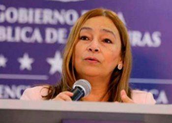 Gobierno confirma renuncia de Rocío Tábora como ministra de Finanzas