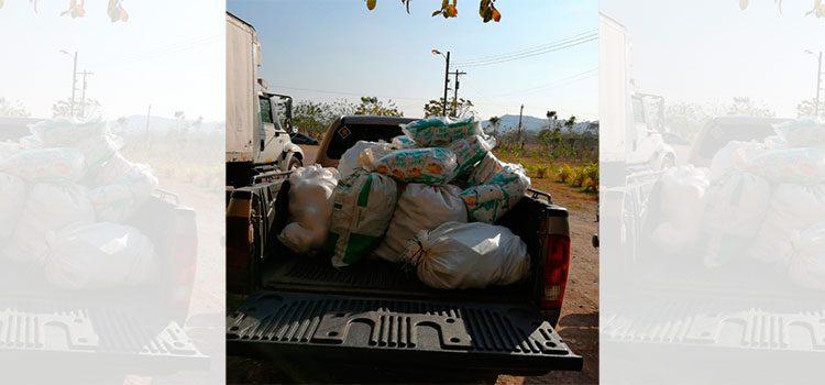 Senasa se une a Sinager en entrega de alimentos en Juticalpa