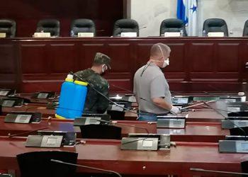 En la última reunión, la sede del Poder Legislativo y el hemiciclo fueron desinfectados previo al plenario.