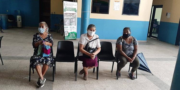 Un total de 121 subvenciones se entregaron en Siguatepeque, Comayagua.