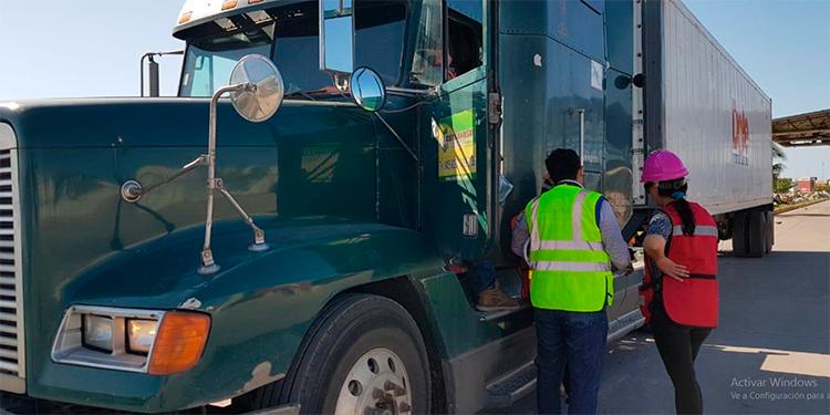 Aduanas y IHTT facilitan emisión de código aduanero provisional a transportista de carga