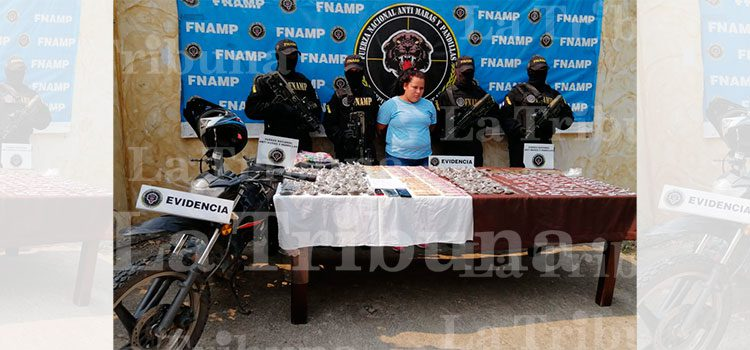 Detienen a distribuidora de droga en Comayagua