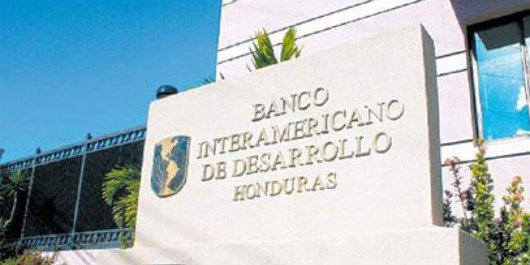 Honduras con acceso a $620 millones para reactivación económica
