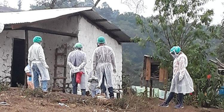 Las brigadas de la Región de Salud de Intibucá prosiguen hoy la práctica de pruebas rápidas de PCR en viviendas de ese sector occidental del país.