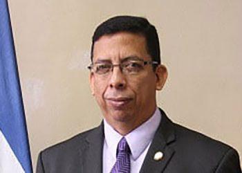 El vicepresidente de Lobos, Darío Cruz aseguró que no han pensado en cambiar de técnico.