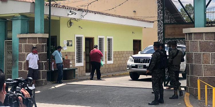 Autoridades del Tórax, están reportando dos muertes diarias por COVID-19.