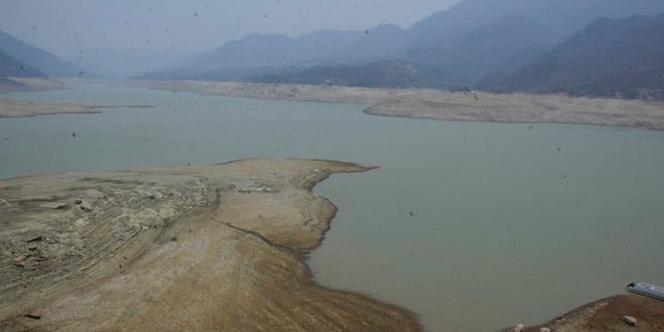 Represas se llenarían hasta finales de año