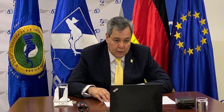 El presidente del BCIE y los representantes europeos lanzaron el salvataje para las Mipymes.