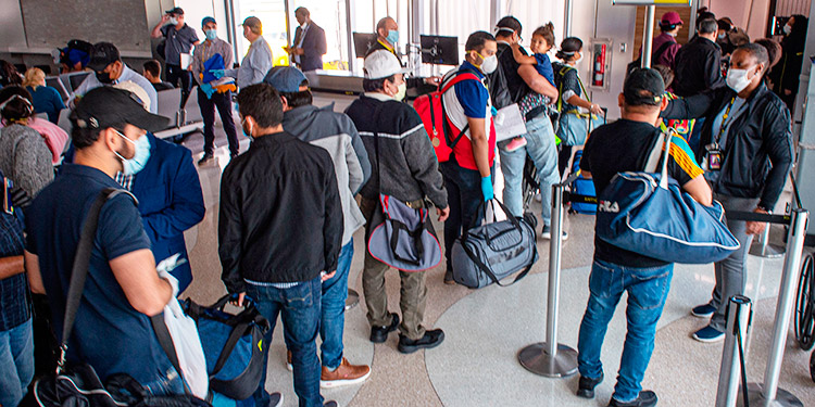 Unos 7.900 hondureños repatriados de 25 países por la pandemia de coronavirus