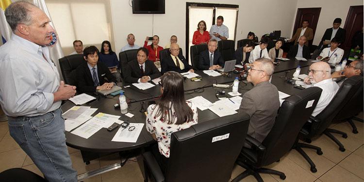 Más de mil empleados de la Alcaldía Municipal del Distrito Central (AMDC) durante la emergencia se han mantenido cumpliendo y atendiendo todos los requerimientos. La apertura de sobre inició desde el martes pasado y concluyó el viernes.