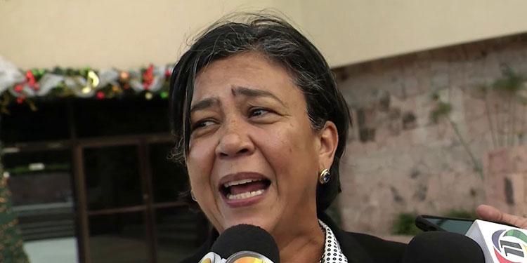 Congreso acoge propuesta de suspender pagos al Injupemp