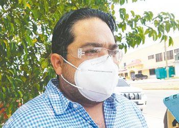 El gobernador, Edgardo Loucel, anunció la entrega de 200 mil mascarillas para población del departamento de Choluteca.