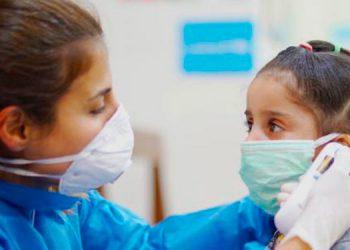 En un mes, la cantidad de menores de edad contagiados de COVID-19 ha aumentado de 83 a 387 casos, según organizaciones defensoras de la infancia.