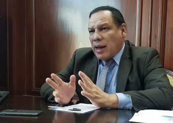 Científico hondureño: hay que ser precavidos con la aplicación de la vacuna rusa