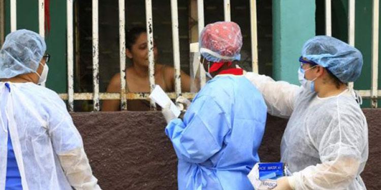 En San Pedro Sula la población se niega a recibir las brigadas médicas en sus viviendas.