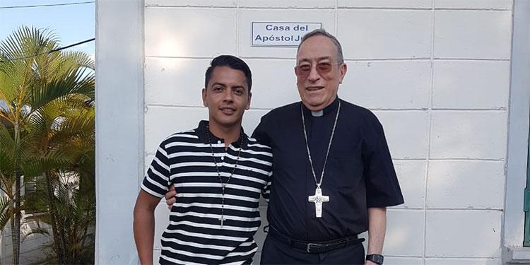 Ángel Gabriel Castro: Dejó la Selección y Olimpia para jugar en el equipo de Dios