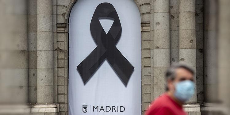 10 días de luto en España para recordar a muertos por virus