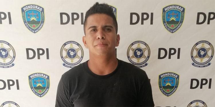 El salvadoreño Joel Antonio Umanzor Amoreno es solicitado por su país de origen por tener dos órdenes de captura pendientes por diferentes ilícitos.