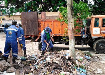 AMDC realiza operativos de limpieza de mercados, quebradas y ríos para prevenir inundaciones