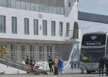 Gobierno uruguayo ordena desembarque de marinos hondureños a un hotel