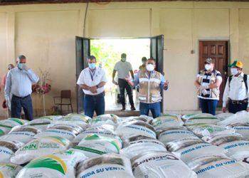 Entregan bono cafetalero en aldeas de Olanchito, Yoro