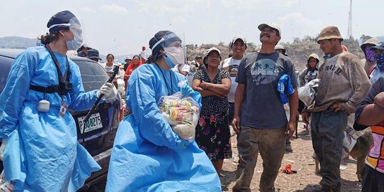 En momentos de crisis generalizada en el país, quienes subsisten en el crematorio municipal, fueron vistos por compatriotas como más necesitados de alimentos.