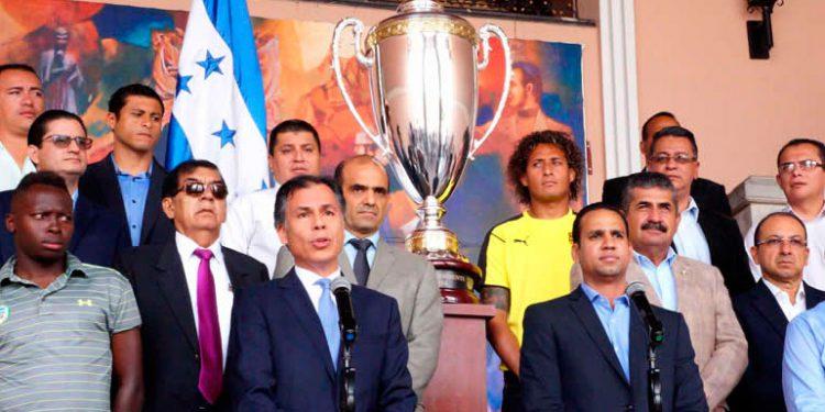 La Copa Presidente podría ser un alivio para el fútbol