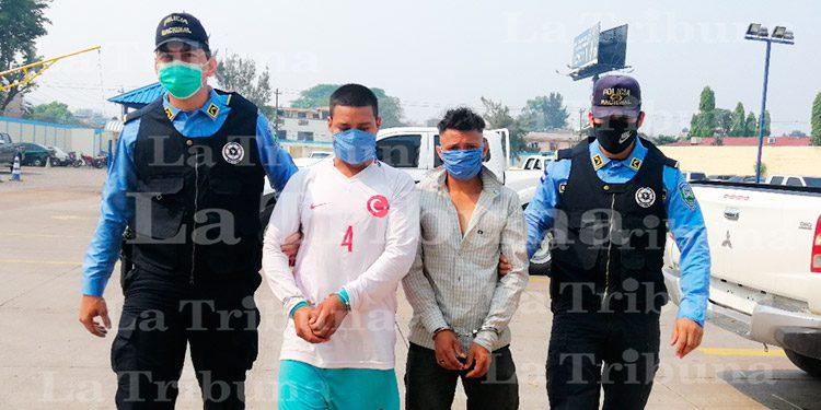 Por asesinato y tráfico de drogas caen dos hombres en Curarén
