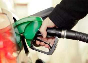 Por tercera ocasión subirán las gasolinas