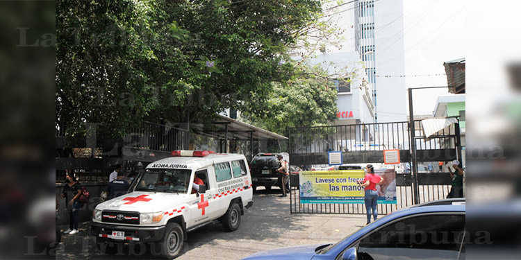 Unos seis sospechosos de COVID-19 mueren en la capital
