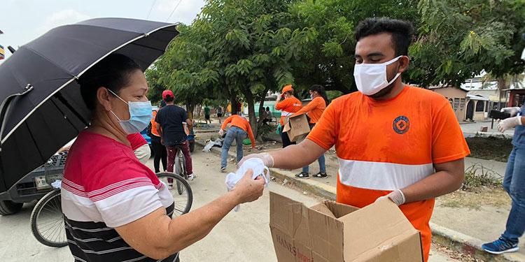En esta entrega masiva de tapabocas que abarcará a los 18 departamentos de Honduras.