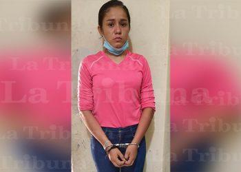Cae mujer cuando pretendía ingresar droga en un balde a centro penal de Choluteca