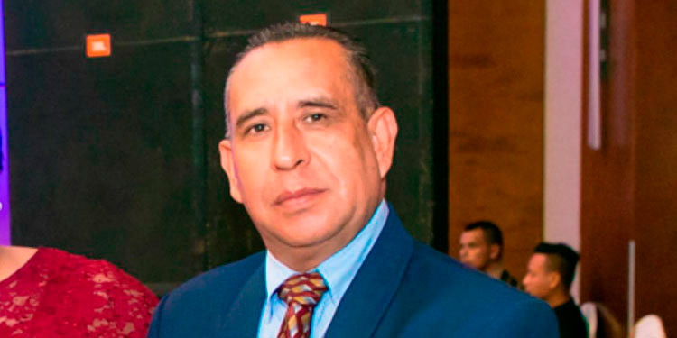 """Orlando Escoto recibe el alta en el Hospital """"Leonardo Martínez Valenzuela""""."""